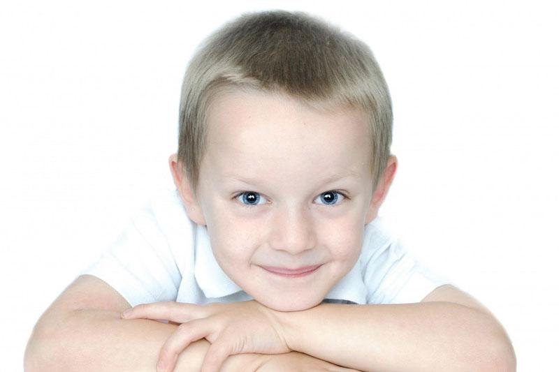 Nezralost zrakového vnímání dokáže potrápit nejednoho školáka. Rozvíjejte ho včas!